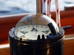 compass_240